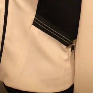 entre deux modes Jackets & Coats - Designer form fitted jacket. Cream and black